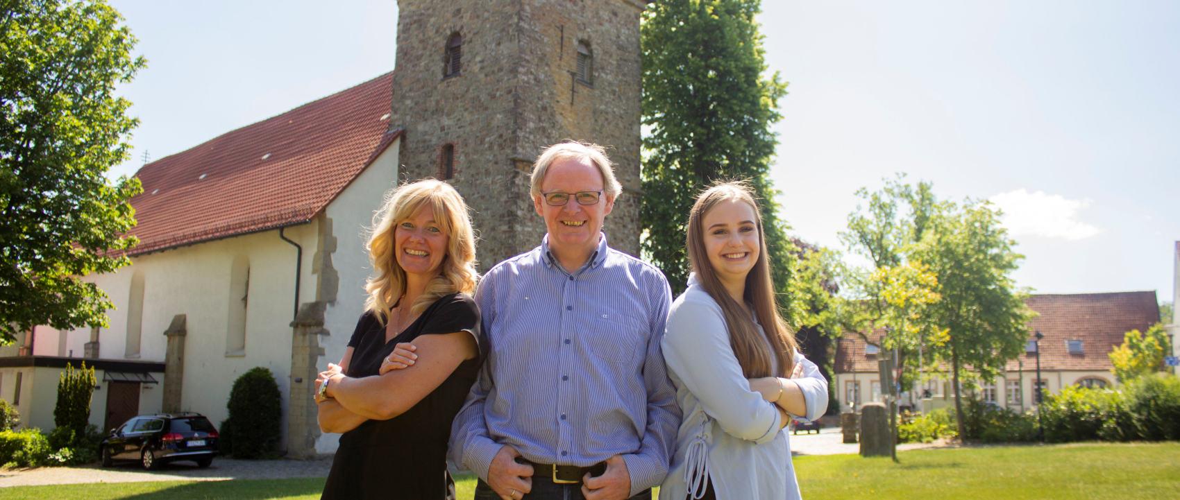 Das Team von Klenke Immobilien in Belm bei Osnabrück besteht aus drei erfahrenen MitarbeiterInnen.
